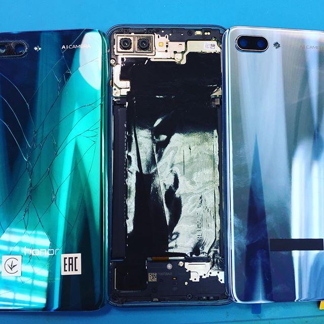 Телефон Honor 10, клиентка случайно разбила заднюю крышку. Получилось почти в цвет, клиентка заказывала деталь самостоятельно. Работа выполнена и все довольны!!! Если у Вас случайно произошел казус не переживайте мы поможем!!!#KompuTerra #ремонт #компьютеров #городе #Вроцлав #профессионально #качественно #мастер #техника #починка #интересное #новости #польша #дёшево #проблемы #телефон #починить #замена #запчасти #купить #комплектующие #срочно #Wrocław #Wroclaw #Polska #majster #naprawa #laptop #komórka #instalike
